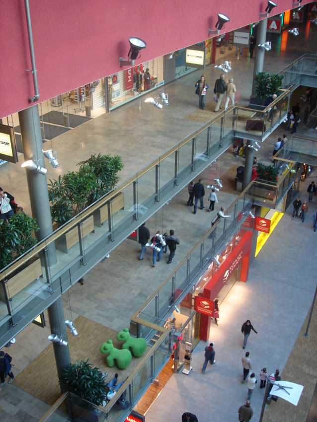 SELLO – SHOPPING CENTER